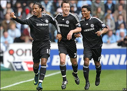 Drogba celebrates making it 1-0