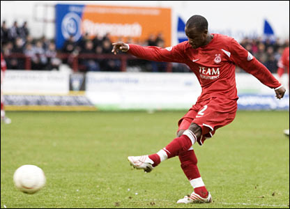 Aberdeen striker Sone Aluko opens the scoring and puts his side in the driving seat