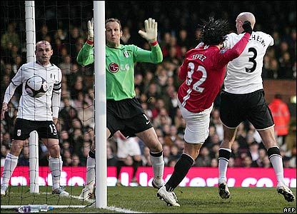 Tevez scores the opening goal for Man Utd