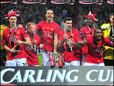 Man Utd celebrate their Carling Cup win