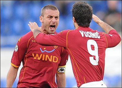 AS Roma's Daniele De Rossi (left) & Mirko Vucinic
