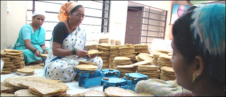 Lajjit papadum production