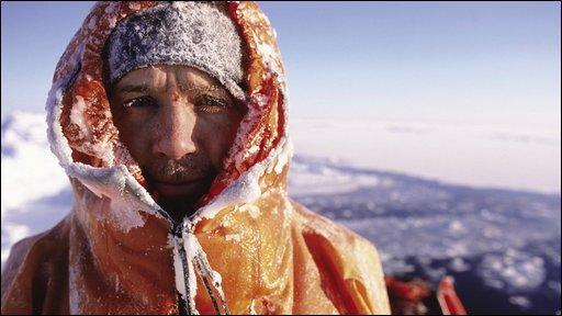 Explorer Pen hadow in the Arctic
