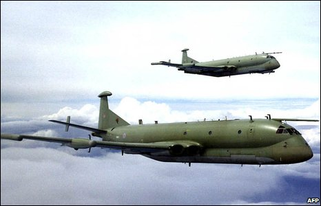 A pair of Nimrod MR2s in formation