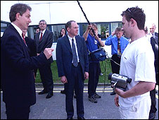Blair confronted over fees