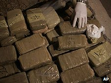Cocaine and cannabis seized in Ciudad Juarez, Mexico (09/03/2009)