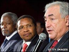 "Dominique Strauss-Kahn,Tanzania""s President Jakaya Mrisho Kikwete and Kofi Annan"
