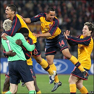 Arsenal celebrate their win