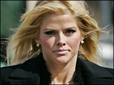 Anna Nicole Smith in a Feb 2006 file photo