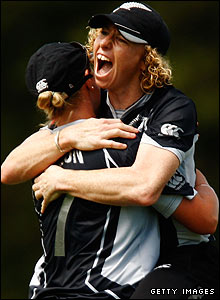 New Zealand captain Haidee Tiffen is overjoyed after running out England's Lydia Greenway