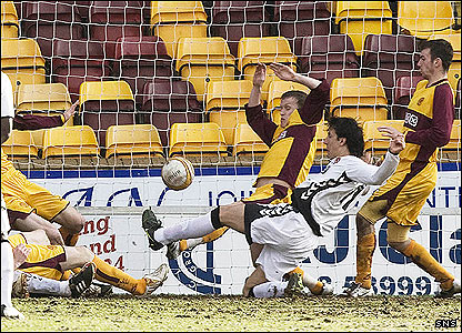 Francisco Sandaza scores for Dundee United