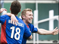 Richie Foran (right) celebrates after opening the scoring