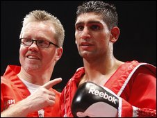 Freddie Roach and Amir Khan