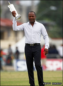 Brian Lara holds the World Twenty20 trophy aloft