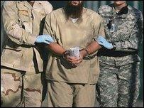 Заключенный в Гуантанамо. Фото из архива