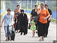 Беженцы возвращаются в свои дома в Абхазии