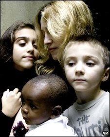 Madonna with children Lourdes, Rocco and David Banda