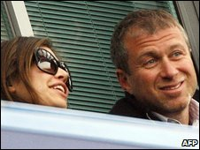 Roman and Abramovich and girlfriend Dasha Zhukova