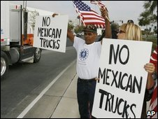US protesters rally against Mexican lorries, file image