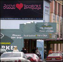 Плакат с призывом декриминализовать проституцию в Веллингтоне (2003 год)