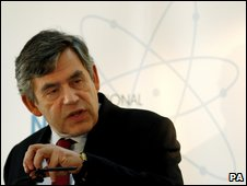 Gordon Brown addresses diplomats and scientists at London conference on 17 March