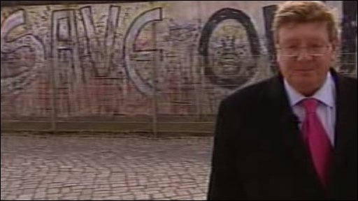 Mark Mardell at Berlin Wall