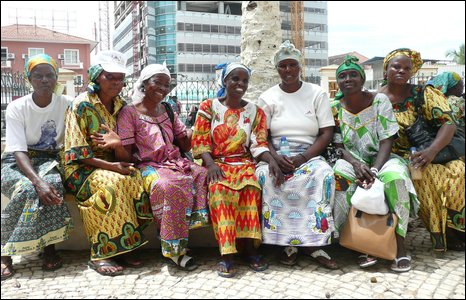 Catholic ladies, Angola