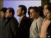 Vicente Zambada Niebla con sus guardaespaldas