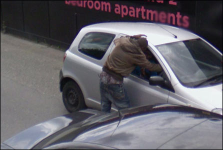 Man with his trousers falling down spotted on Google Streetview