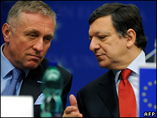 Mirek Topolanek and Jose Manuel Barroso (19 March 2009)
