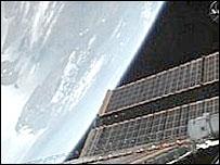 Солнечные батареи МКС. Фото НАСА
