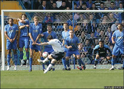 Baines scores for Everton