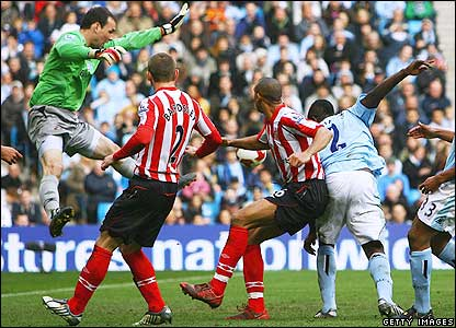 Richards scores for Man City