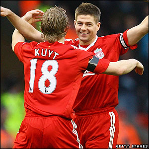 Gerrard celebrates making it 4-0