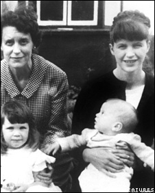 Nicholas Hughes as a baby with his mother, grandmother and sister