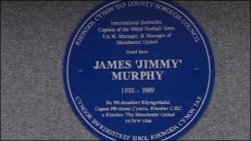 Blue plaque to James 'Jimmy' Murphy