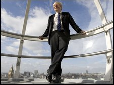 Boris Johnson in London Eye capsule