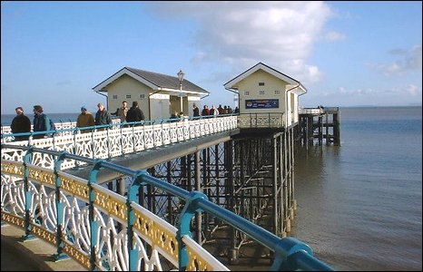 Penarth Pier. Photo by Jackie Rosser.