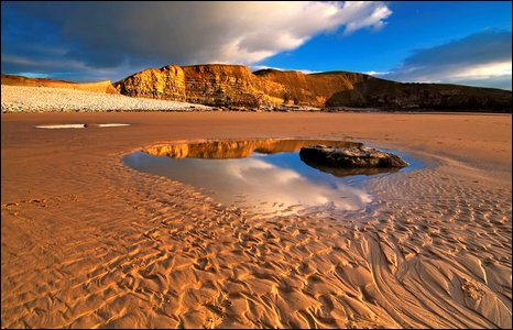 Dunraven Bay. Photo by Gerwyn Gibbs.