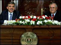 طالباني وجول