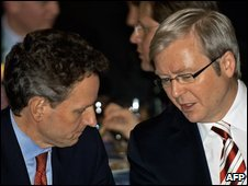 US Treasury Secretary Timothy Geithner (L) confers with Australian Prime Minister Kevin Rudd in Washington, 23 March 2009