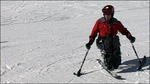 Frank Gardner skiing