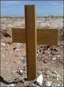 Cross in an unmarked graveyard in Ciudad Juarez