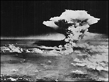 Mushroom cloud from atomic bomb dropped on Hiroshima - 6/8/1945