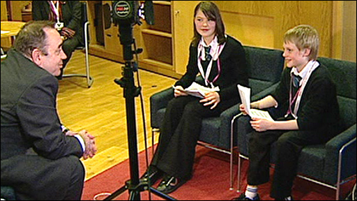 Pupils in Scotland speak to Alex Salmond