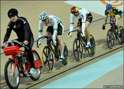 A motor derny paces the keirin heats