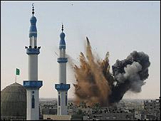 Air strike during Gaza campaign (13.01.09)