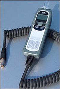 Modelo del alcohol�metro que instalar�n en los veh�culos suecos (Foto cortes�a del fabricante)