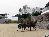 Policía chilenos patrullan área donde se celebrará la cumbre en Viña del Mar