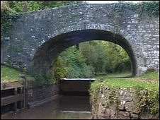 Monmouthshire and Brecon Canal drained